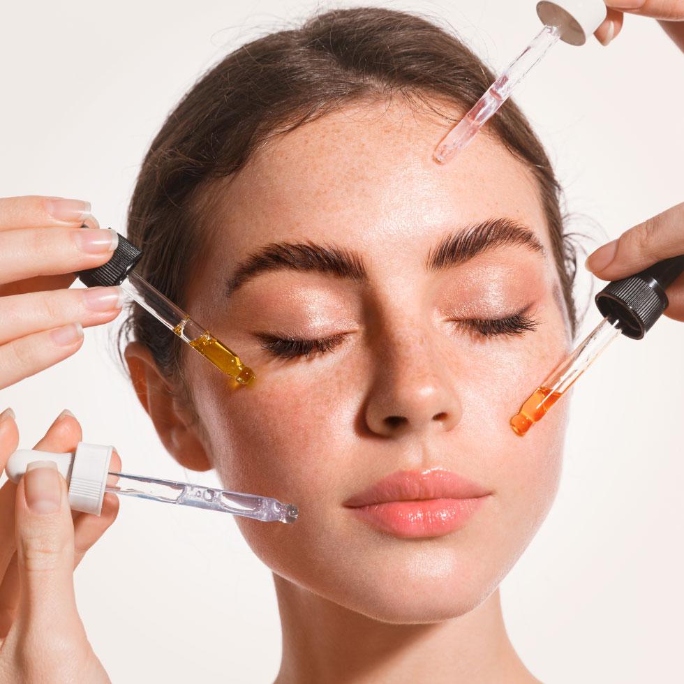 Scegliere il giusto siero viso per la propria tipologia di pelle